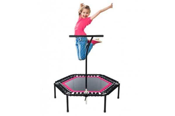 dziecko trampoliny, zajęcia dla dzieci pabianice, strefa ruchu