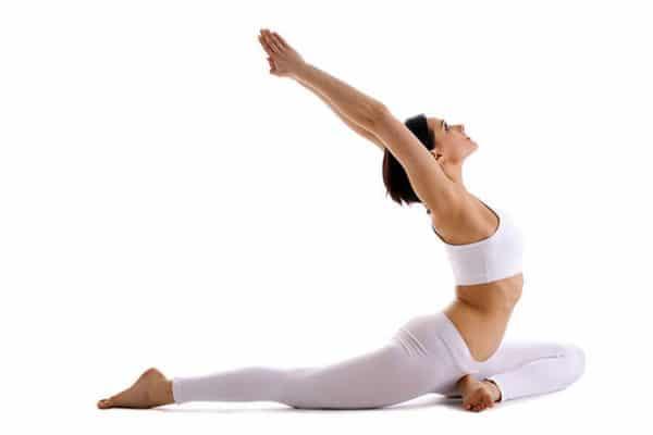 joga, kobieta rozciąganie, klub fitness pabianice